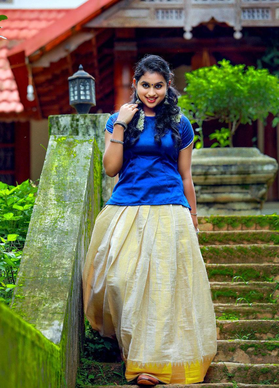 Actress  Diya Rose Photoshoot Gallery