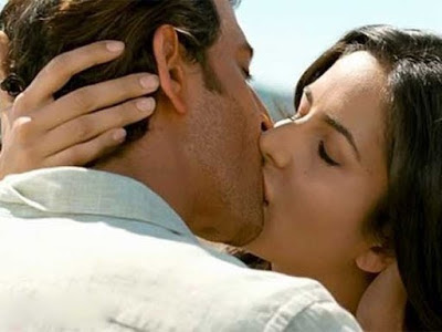 Katrina Kaif Kissing Photos