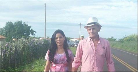 Stefhany Absoluta dá à luz sua primeira filha com empresário