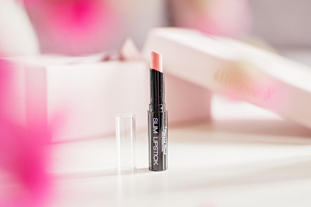 beGLOSSY Beauty Around The World  kwiecień 2018 - Biooleo - Pierre Rene Slim Lipstick