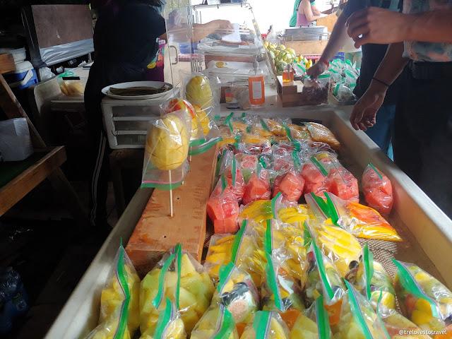 Fruit stands in Honolulu