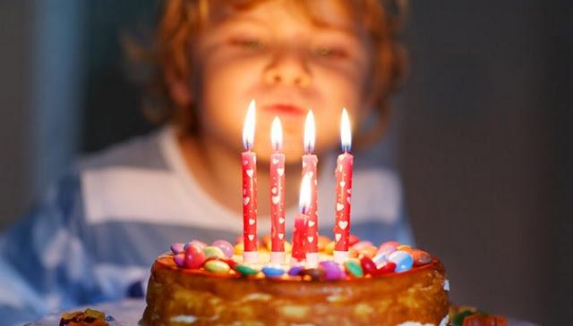 Mengapa Kita Meniup Lilin Saat Pesta Ulang Tahun?, Berikut Alasannya