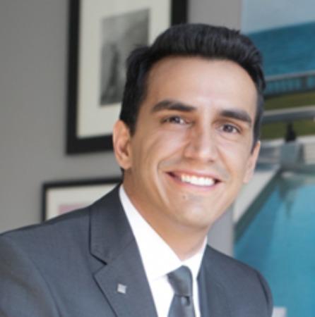 الطبيب الزائر لكوزموسيرج تشارلز جالانيس: دبي مركز طبي عالمي للسياحة التجميلية