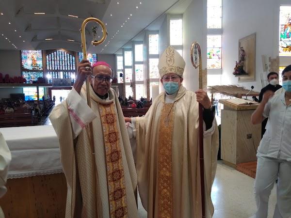 Foto de los 2 Obispos que ha tenido la Diócesis de Engativá