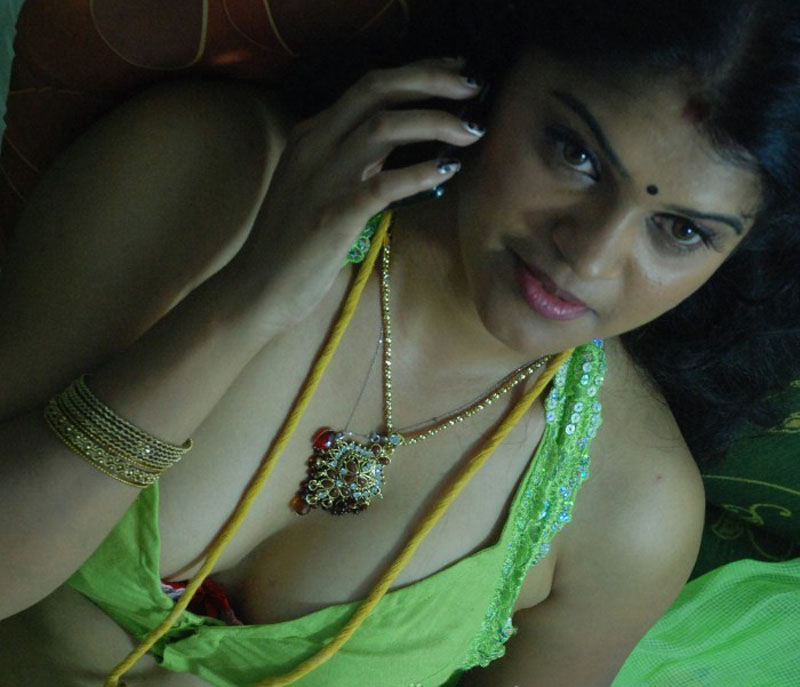 Chennai Sexy Aunty Videos