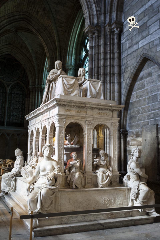 Tumba de Luis XII y Ana de Bretaña en San Denis