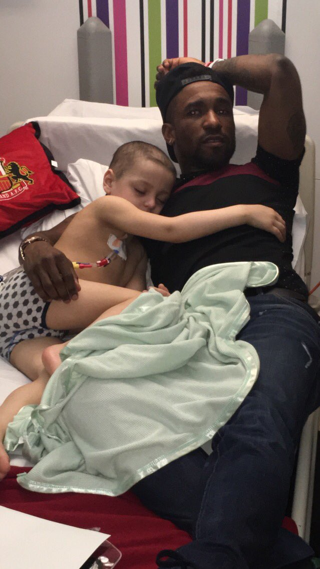https://twitter.com/Bradleysfight/status/829737614597115904/photo/1