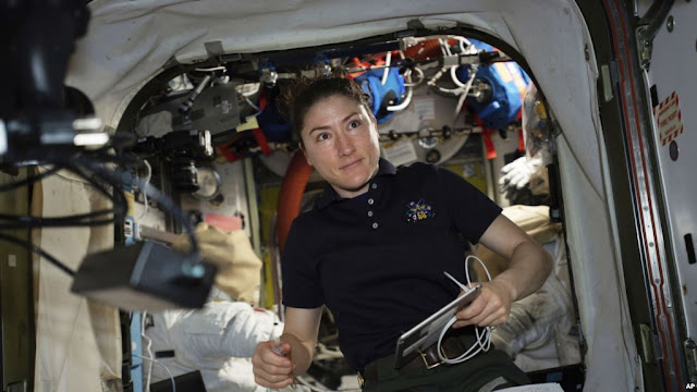 MUNDO:  Astronauta de la NASA pasará casi un año en Estación Espacial un récord para una mujer.