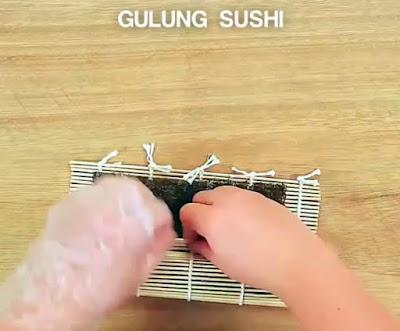 Gulung Sushi