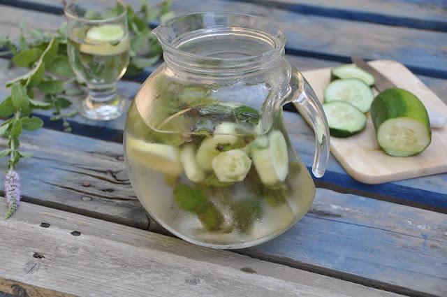 Acqua aromatizzata menta e cetriolo