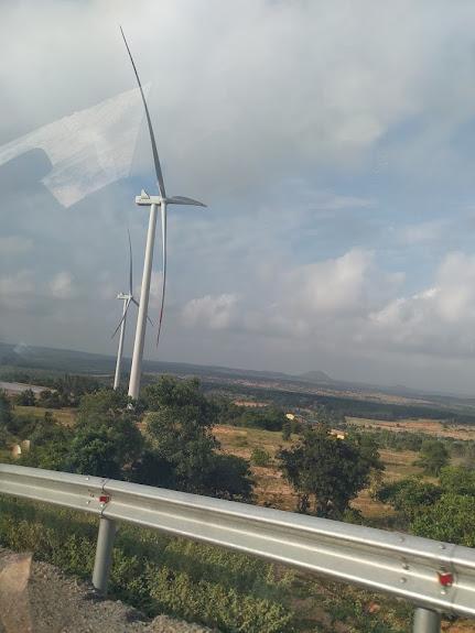 trạm turbine gió ở miền nam