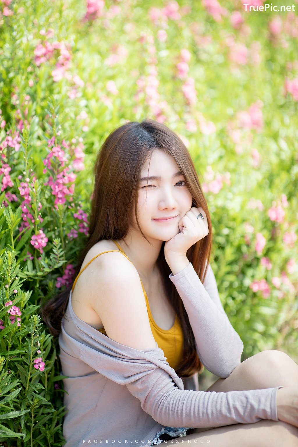 Image-Thailand-Cute-Model-Creammy-Chanama-Beautiful-Angel-In-Flower-Garden-TruePic.net- Picture-9