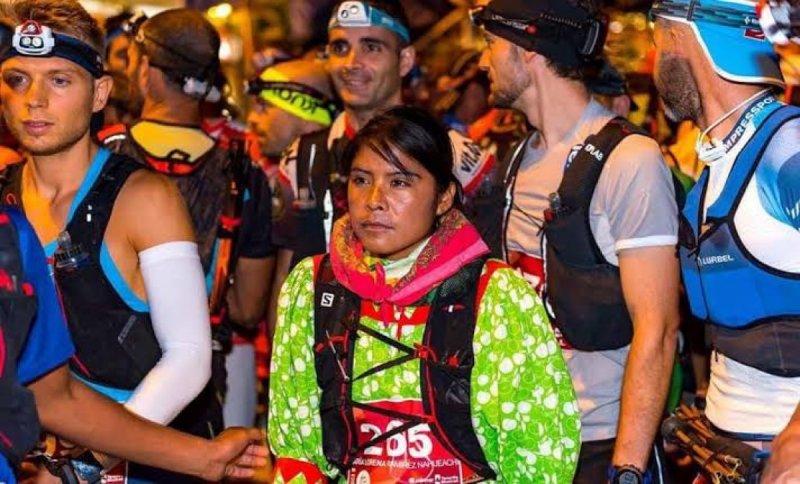 Ultra maratonista Rarámuri mexicana ya tiene su serie en NETFLIX