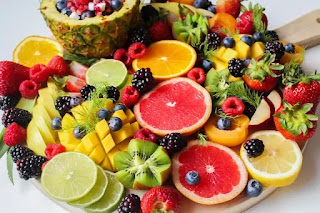 Which color fruit is most beneficial? Nutrition etc.