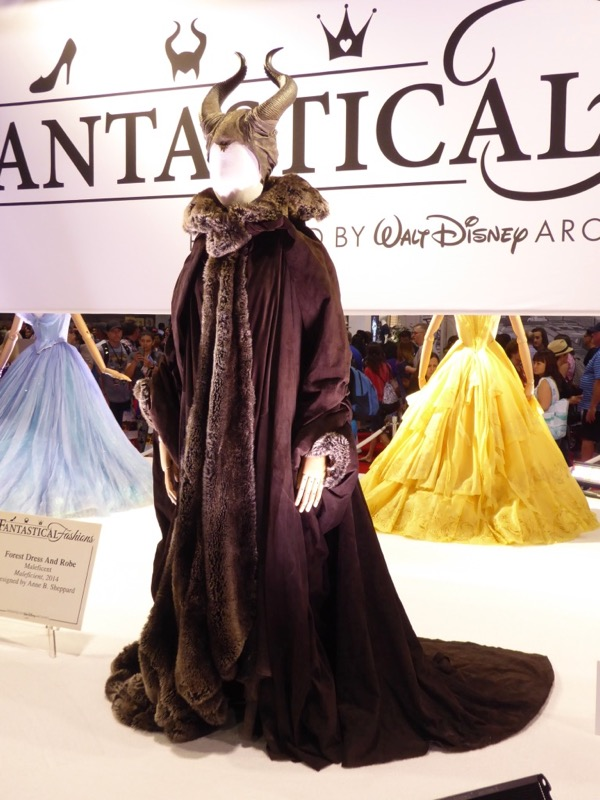Maleficent 2014 movie costume