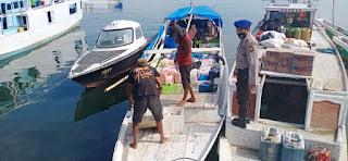 Begini Aksi Satpolair Polres Pelabuhan Imbau Warga di Dermaga Patuhi Protokol Kesehatan