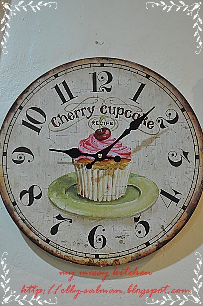 my messy kitchen cupcake wall clock