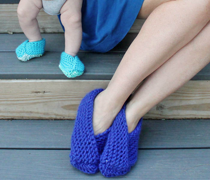 Easy Foldover Slippers Knitting Pattern - Gina Michele