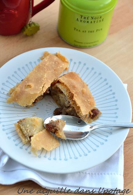 Apfelstrudel ou strudel aux pommes Autriche gâteau