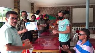 Prefeito do norte do Piauí promove almoço de Natal para garis