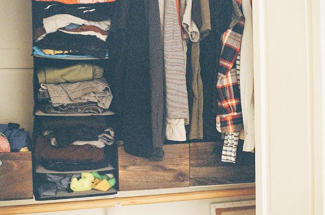 7 pièces dont vous devez débarrasser votre garde-robe immédiatement !