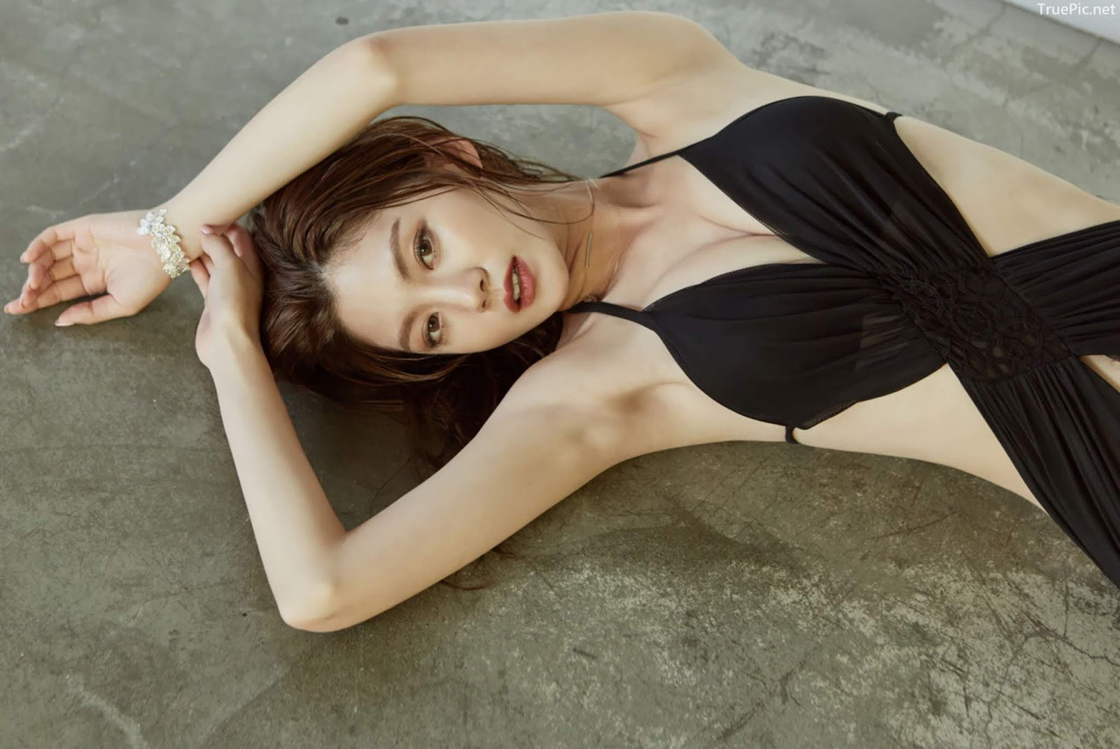 Korean model and fashion - Lee Chae Eun - Monokini for summer vacation - Picture 10
