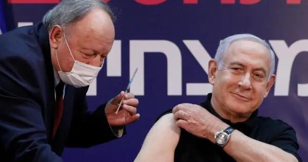 Στο δικαστήριο της Χάγης η κυβέρνηση του Ισραήλ για τους εμβολιασμούς: Την κατηγορούν για «ιατρικά πειράματα»