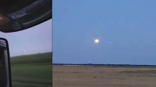 Esfera luminosa aparece de la nada volando hacia otra enorme esfera luminosa en Canadá