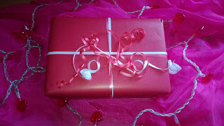 Produkttest als Geschenk verpackt