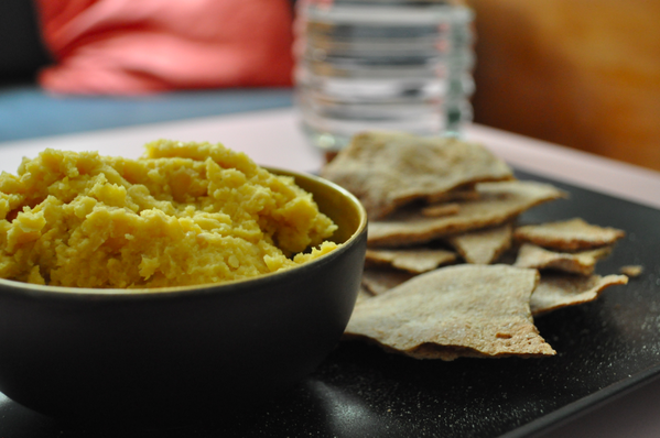 http://www.thecapitalf.com/2015/05/healthy-lunch-best-humus-recipe-youll.html