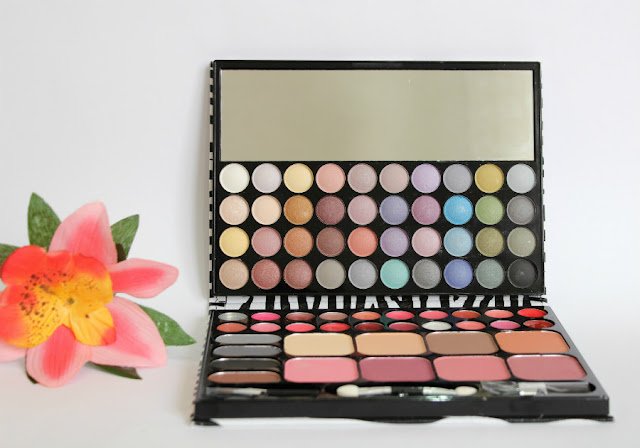 Paleta de sombras de ojos Magic Studio Naked