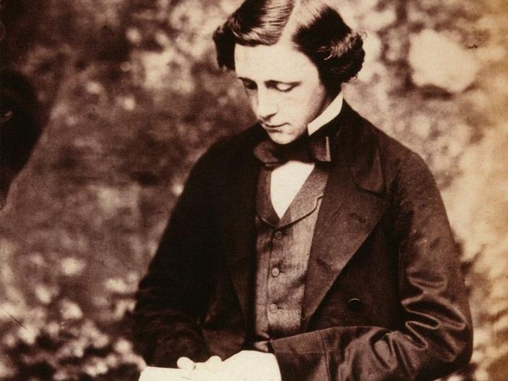 Charles Lutwidge Dodgson, Penulis Paling Jenius Abad ke-19