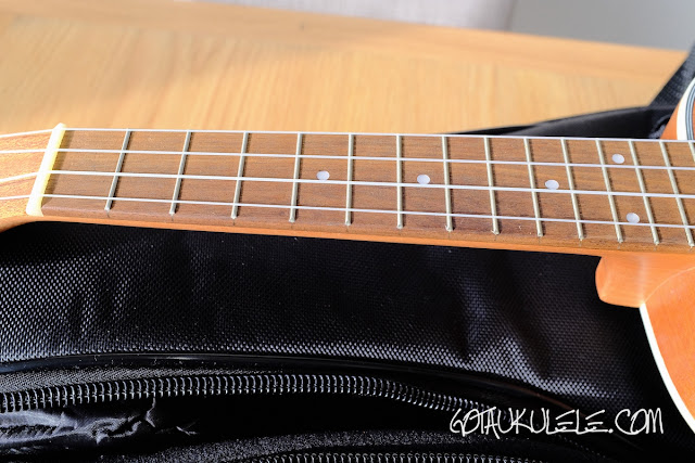 Hricane UK-23 Ukulele neck