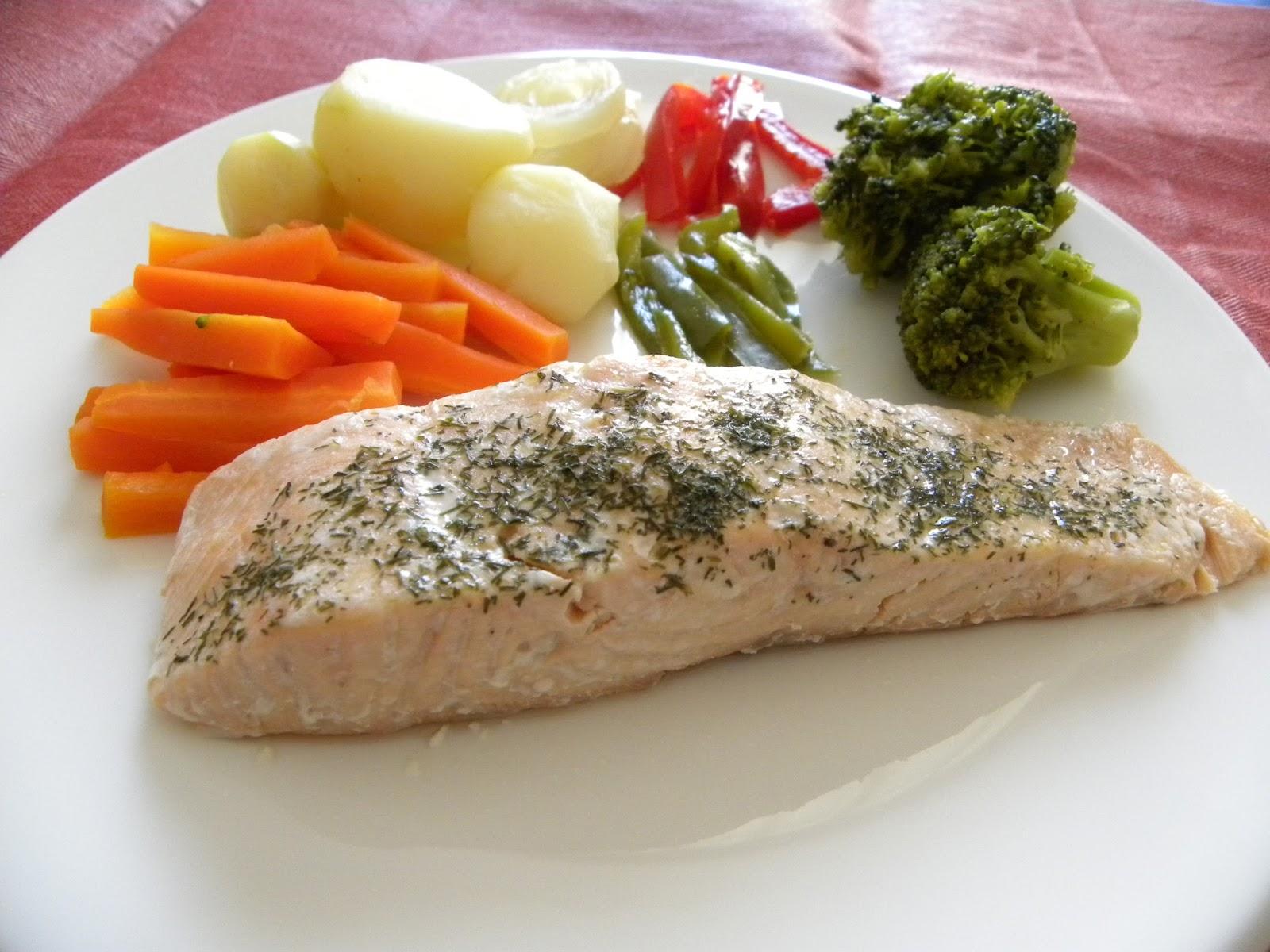 Trasteando en mi cocina salm n al vapor con verduras for Que cocinar con verduras