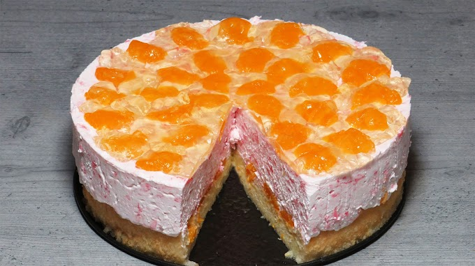 Tort cu Iaurt de Căpșuni și Mandarine