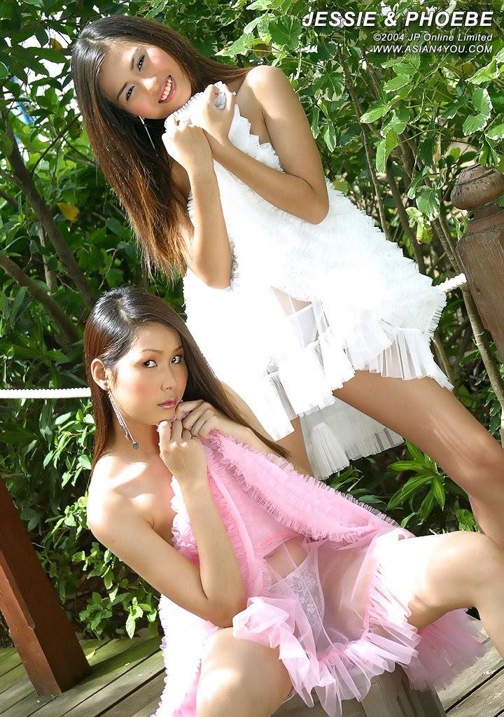 A4U Jessie   Phoebe - Girlsdelta