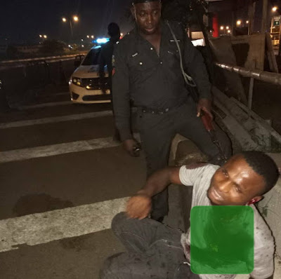 man stabbed by robber ikeja lagos