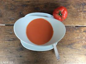 Gazpacho sopa fría de tomate y verduras