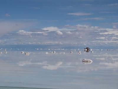 昼間のウユニ塩湖