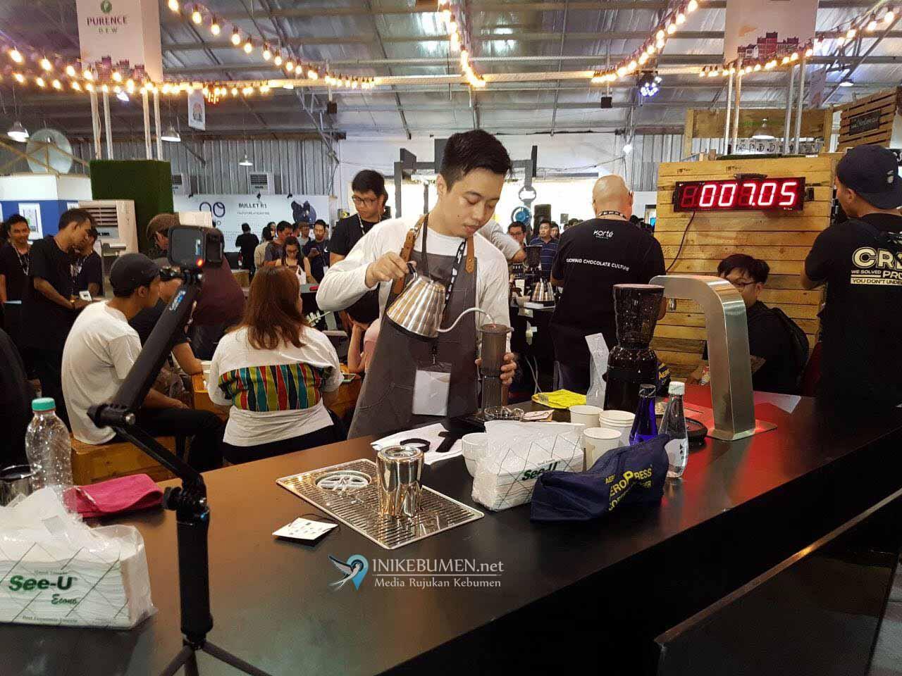 Bawa Nama Kebumen, Barista Beranda Eatery Tembus Semifinal Kejuaraan Pembuatan Kopi dengan Metode Aeropress