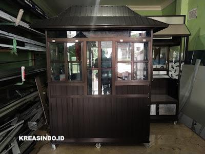 Ini Dia Cocok Banget untuk jualan Bakso Gerobak Aluminium Coklat atap Joglo pesanan Bu Lily Tangerang