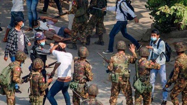 Komando Tertinggi Tatmadaw Instruksikan Tentara Musnahkan Demonstran Myanmar