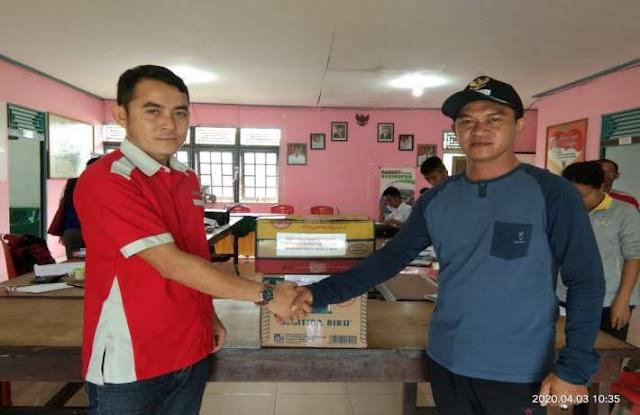 Koperasi Payong Betuah Subah bantu sumbang desinfektan kepada Desa Subah