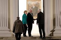 MERKEL, RIVAL MEET GERMAN PRESIDENT AMID GOVT IMPASSE