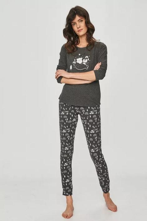 Pijama de dama gri cu imprimeuri