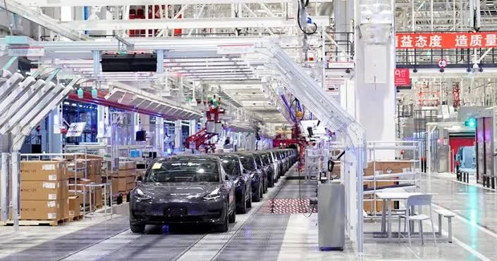 Model 3 Sedan: Tesla Plans to Introduce New Low-Cost, Long ...