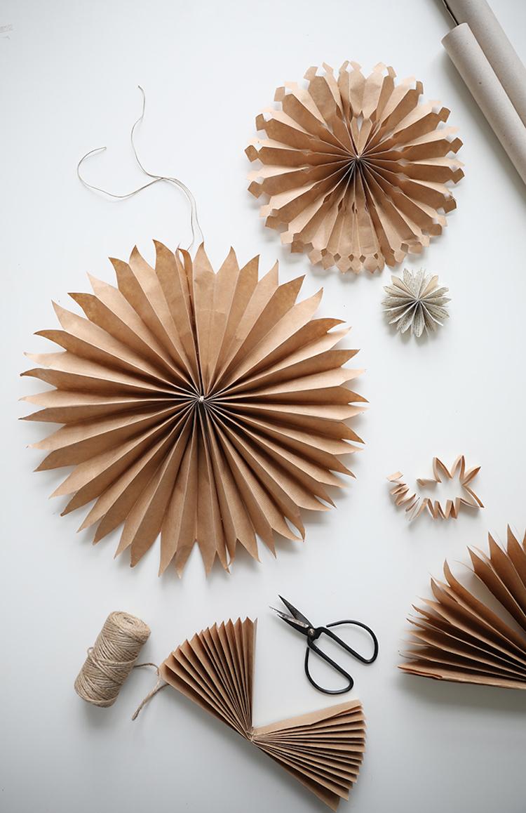 Diy crafts : Paper stars garland - Ana | DIY Star Paper Garland ... | 1158x750