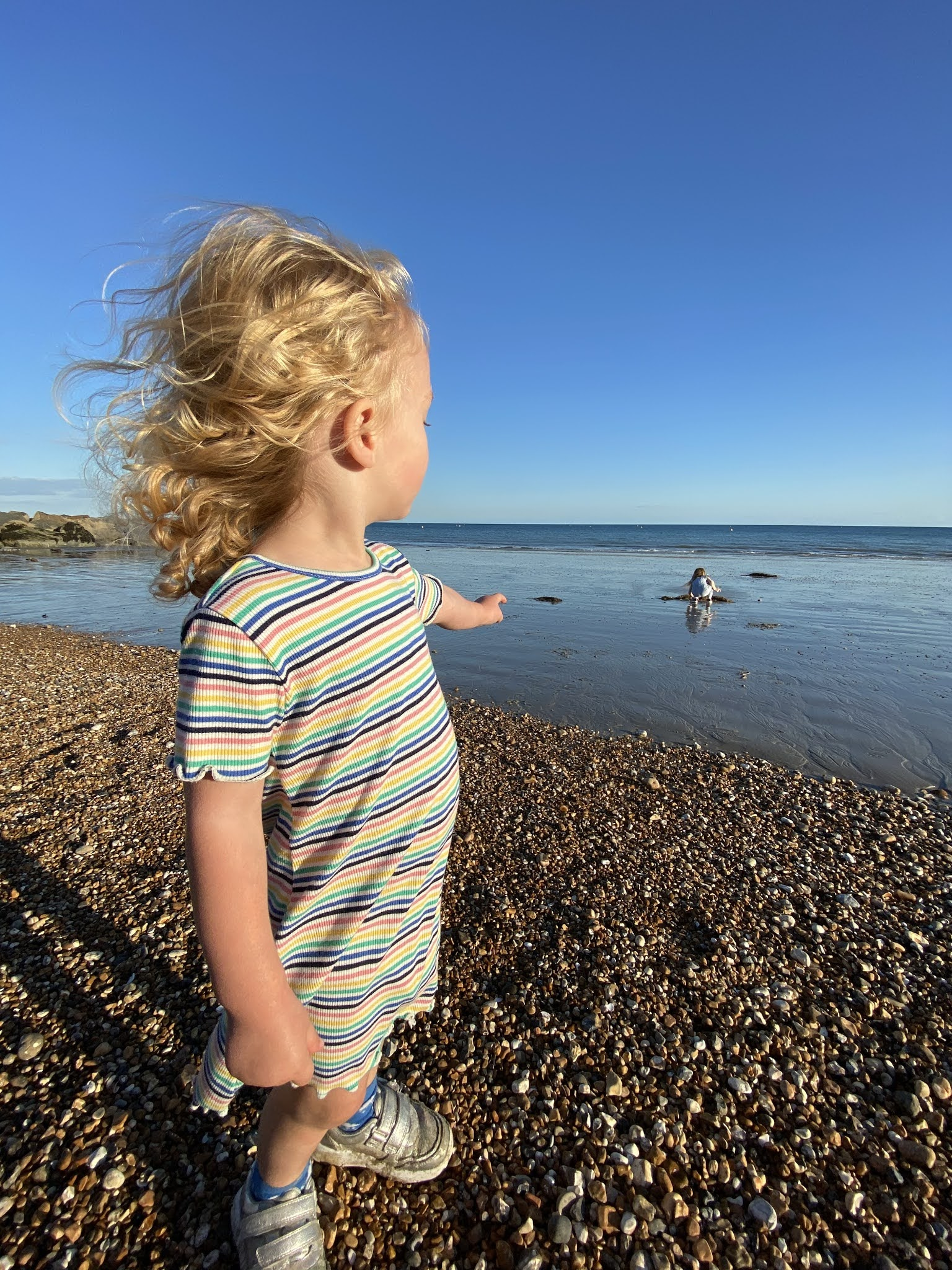 toddler at bognor regis beach