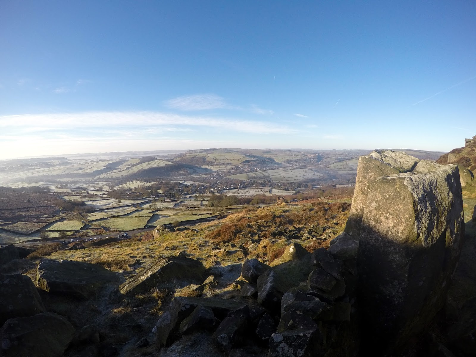 Froggart, Curbar, Climbing, bouldering, peak district, uk, england, outdoors, exploring, adventure, derbyshire, travel,