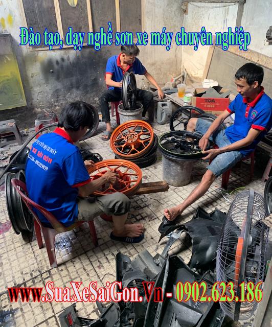 Dạy sơn xe máy - đào tạo học viên sơn xe máy chuyên nghiệp tại TPHCM
